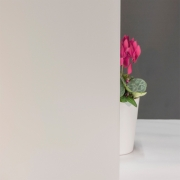 Milchglasfolie Weiß seidenmatt (Rollenbreite 182cm)